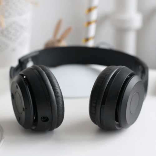 Don't Forget To Pack Noise-Cancelling Headphones For A Two Week Trip