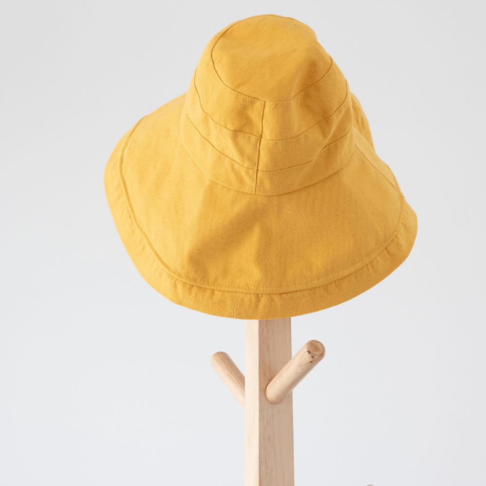 Wear Hat While Hiking In Summer